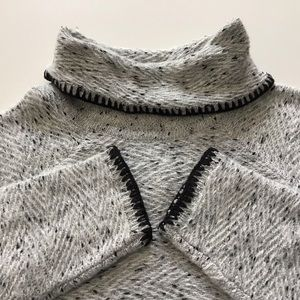 NWT Cowl Turtleneck Sweater Cable & Gauge Medium